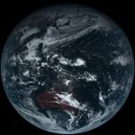Prima fotografie color autentică a Terrei