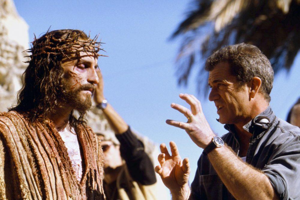 Mel Gibson în timpul regizării Passion of the Christ